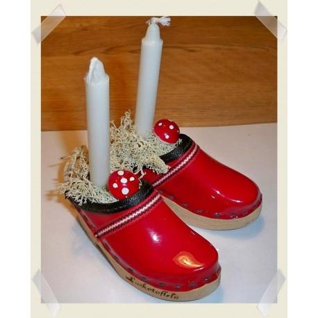 Rött jularrangemang
